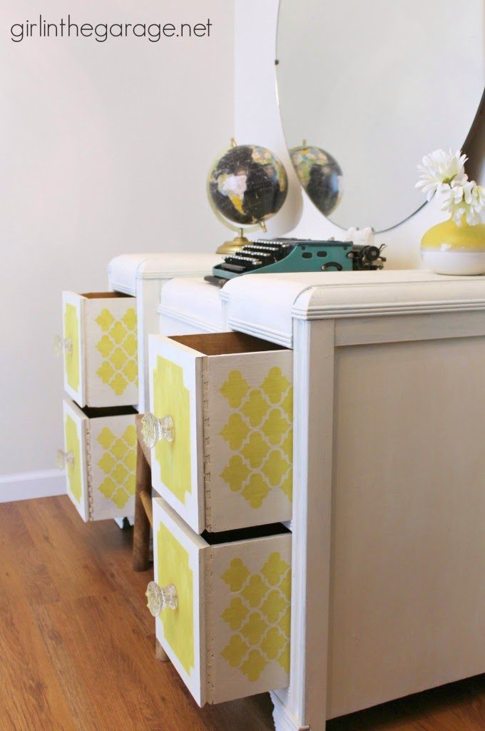 25 Inspiring Peek a Boo Drawer Ideas via Curb Alert! www.curbalertblog.com